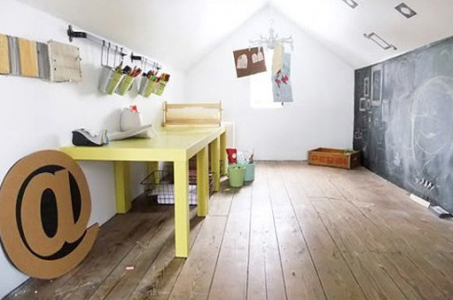 attic art room for kids