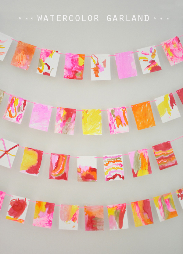 make a beautiful garland with liquid watercolors and a unique painting tool