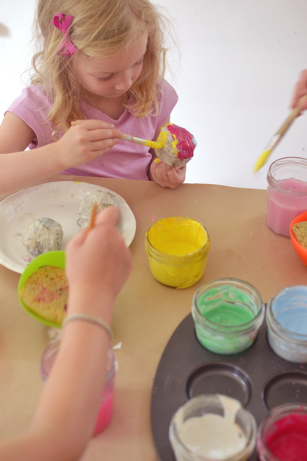 an easy beginner paper mache project for little ones