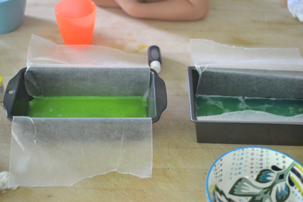 A simple rainbow soap recipe that you can make with your children.