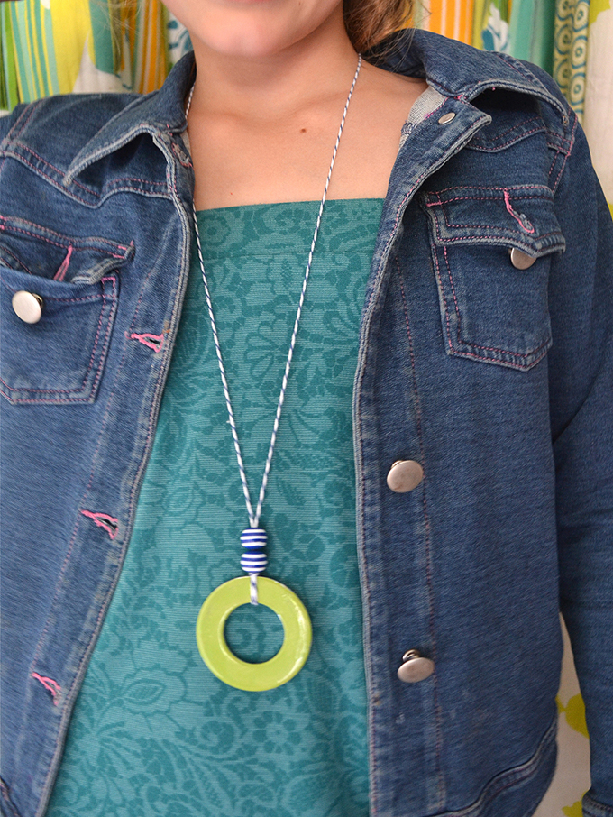 Kids and teens make gorgeous necklaces from washers found at the hardware store.