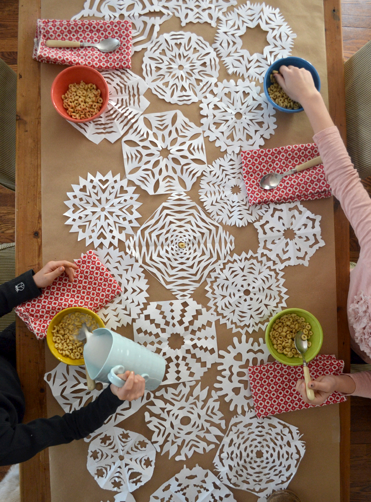 make a beautiful garland with liquid watercolors & q-tips
