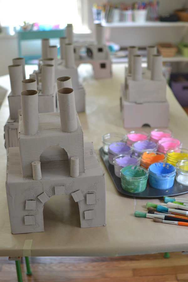 make princess castles from recycled materials