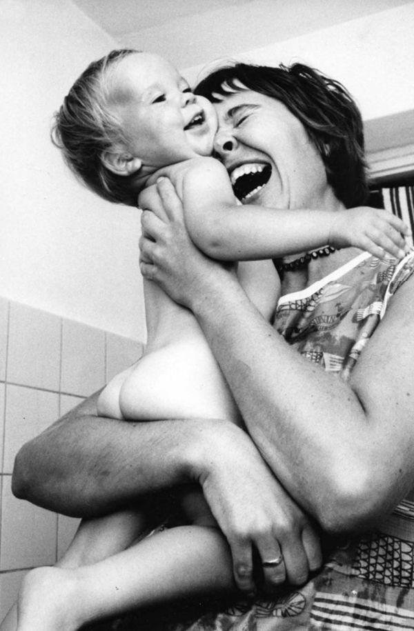 photos by Ken Heyman from 50 years ago show that our mothering is still the same