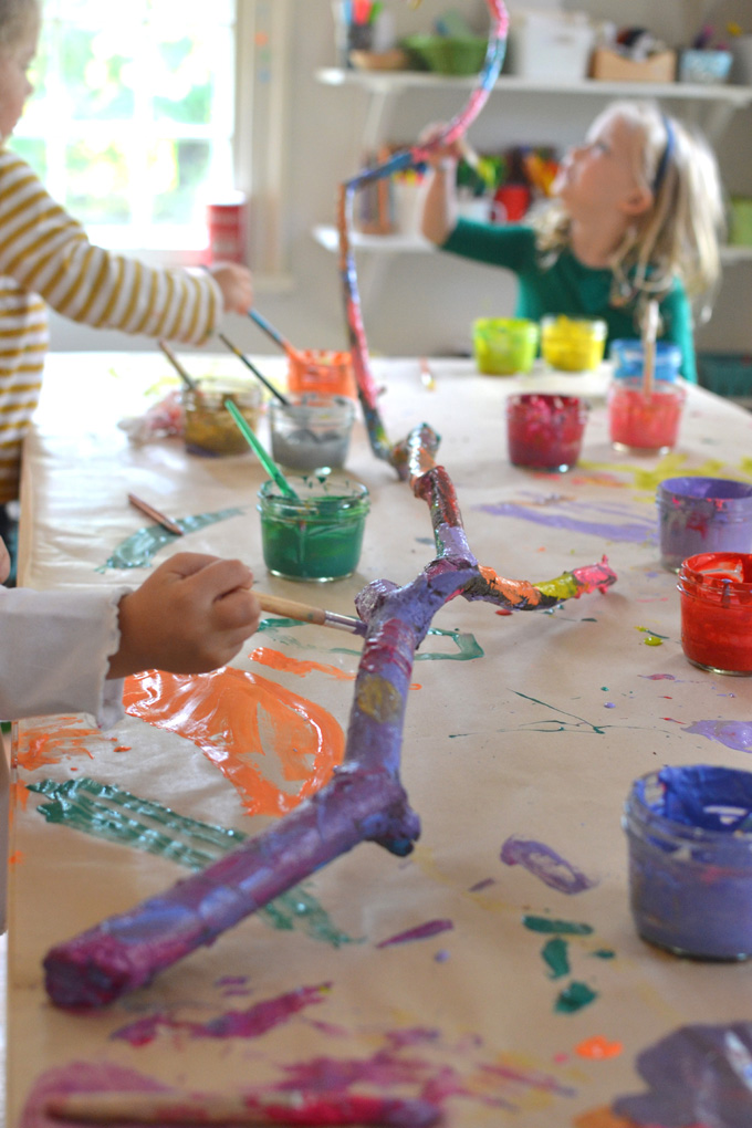 kids group art projects 62 summer crafts for kids lauren wolfson a perfect craft for when you're entertaining a group of kids young and older kids will love the messy art time.