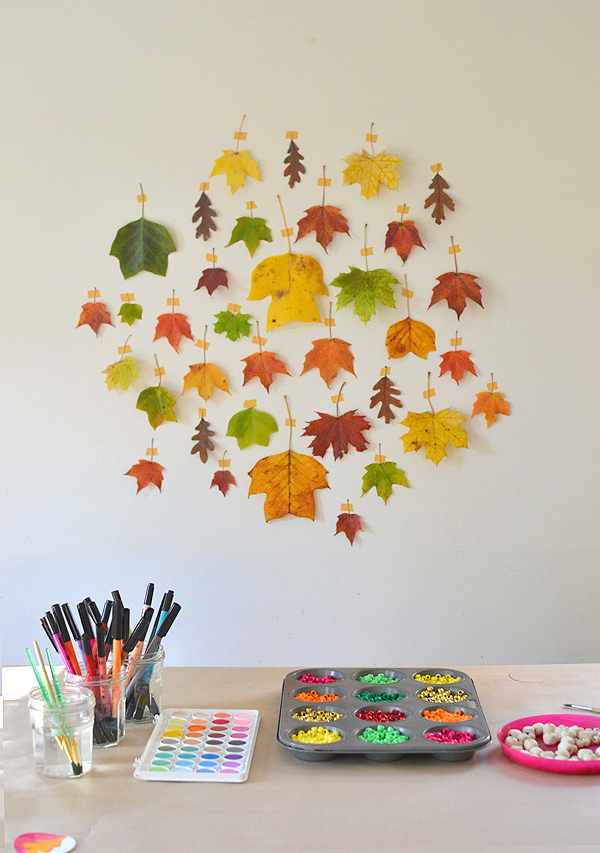 Thanksgiving Day Craft Table