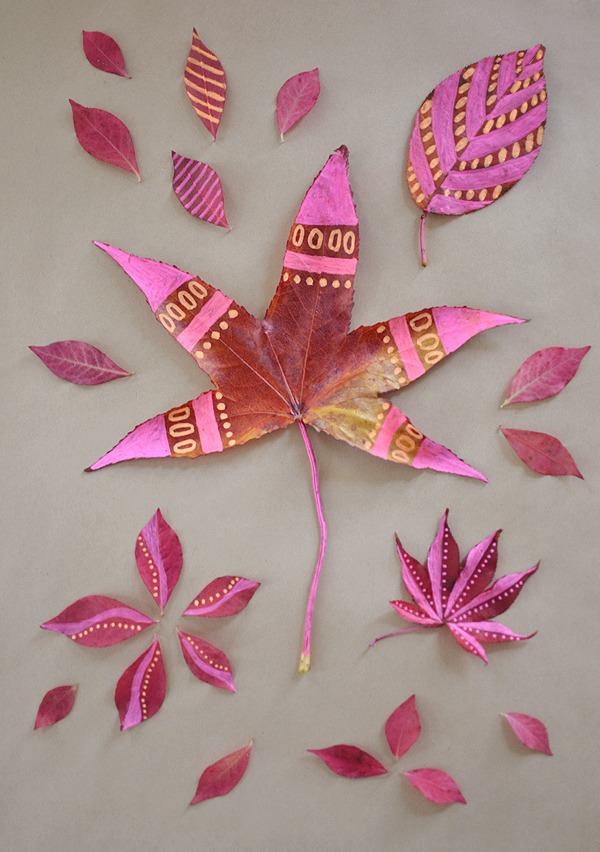 Leaf Drawing with Chalk Markers