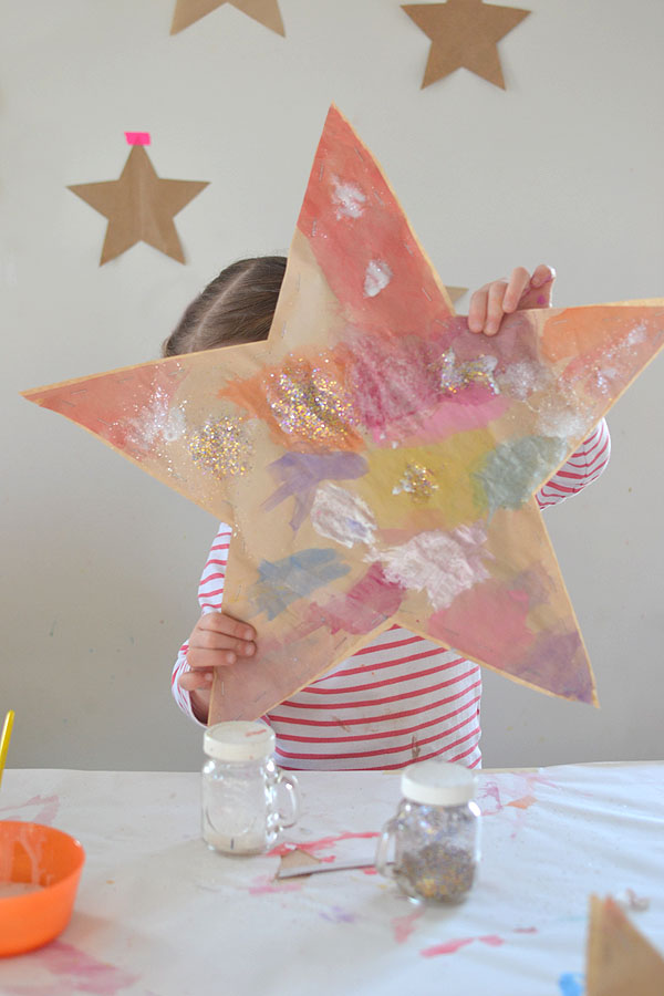 make puffy paper stars with kids