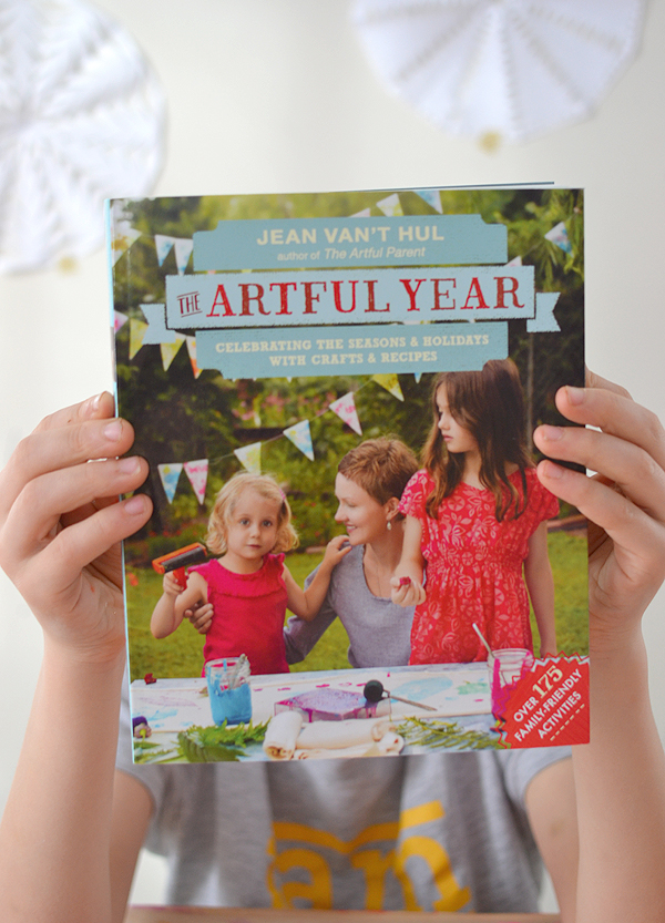 The Artful Year book by Jean Van't Hul