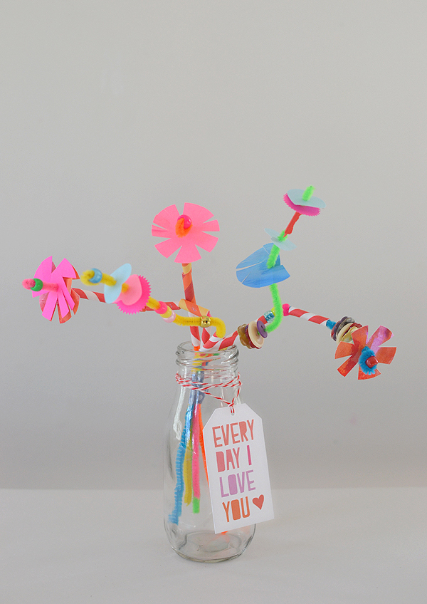kids make a bouquet of pipe cleaner flowers for Mother's Day