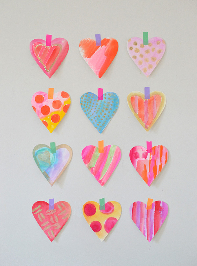 Make these gorgeous simple hearts with watercolors.