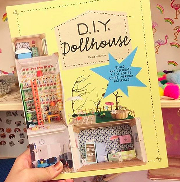 Dollhouse Camp FREE guide for parents and teachers.