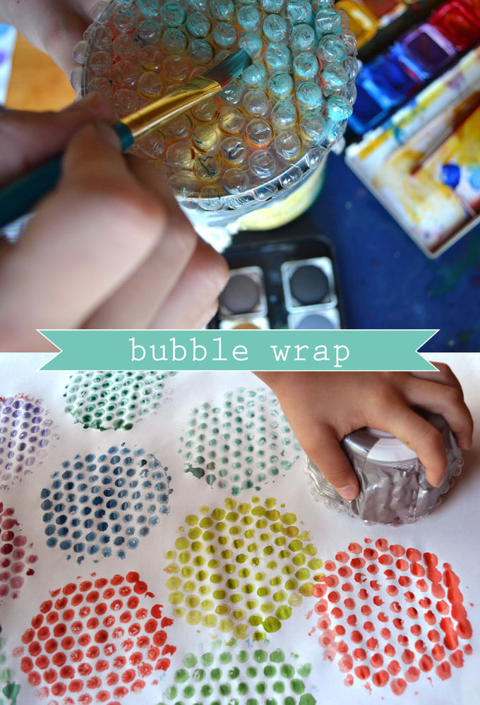 Cover a can with bubble wrap to print some DIY wrapping paper.