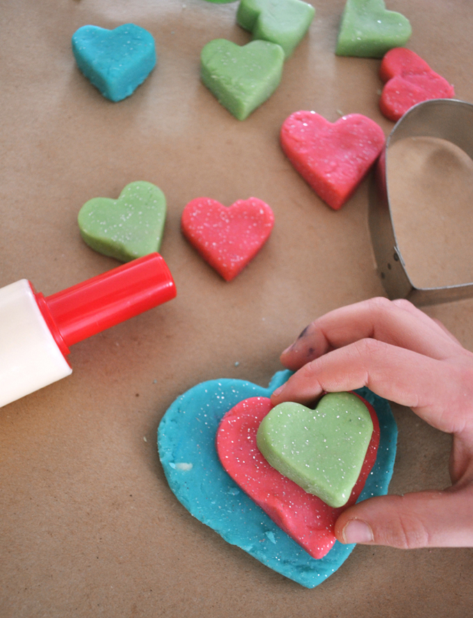 Make homemade playdough with a few simple ingredients that is non toxic and lasts for months!
