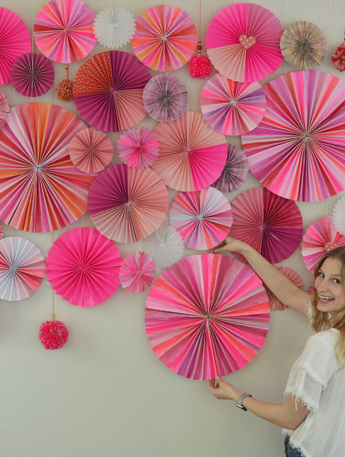 Paper Pinwheel Photo Backdrop
