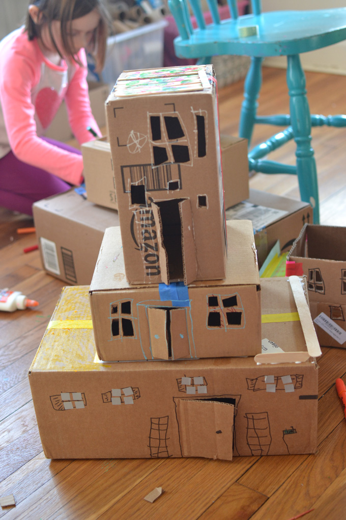 When school is canceled because of coronavirus and kids are quarantined at home, this is the perfect guide that promotes math, literacy and science through art and play. Day 4: Envelope City/Social Studies